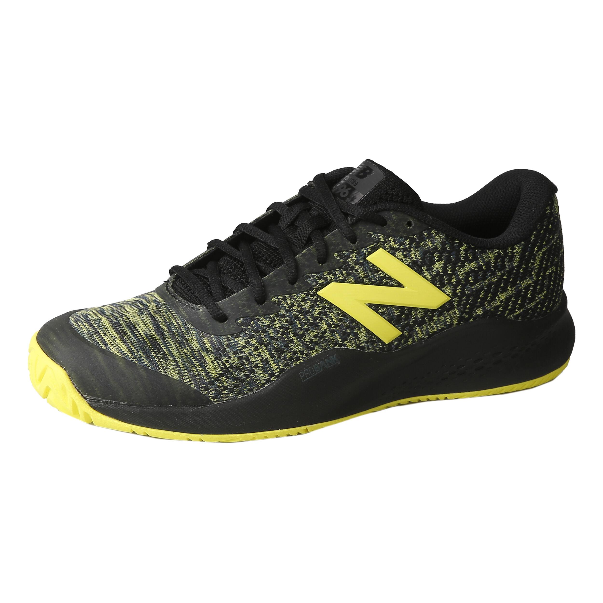 New Balance chaussures taille 6 garçons